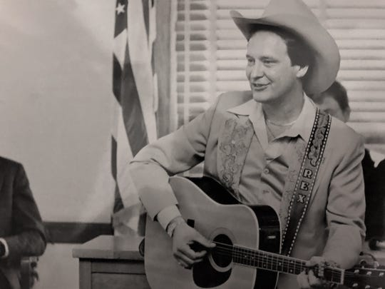 Rex Allen Jr. performs in the late '70s.