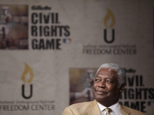 Hall of Famer Oscar Robertson believes he's been blackballed by the NBA following his 1970 lawsuit.