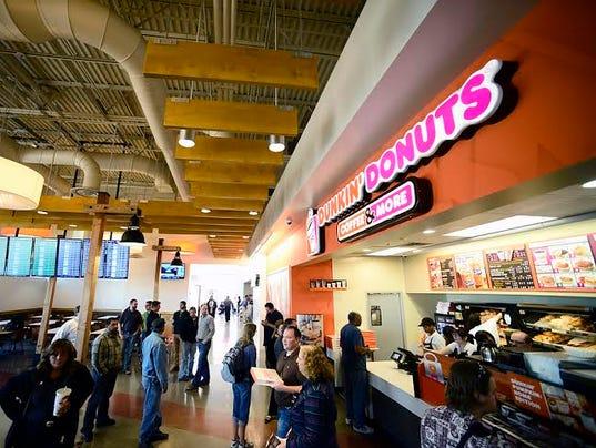 Denver Airprt_Dunkin Donuts