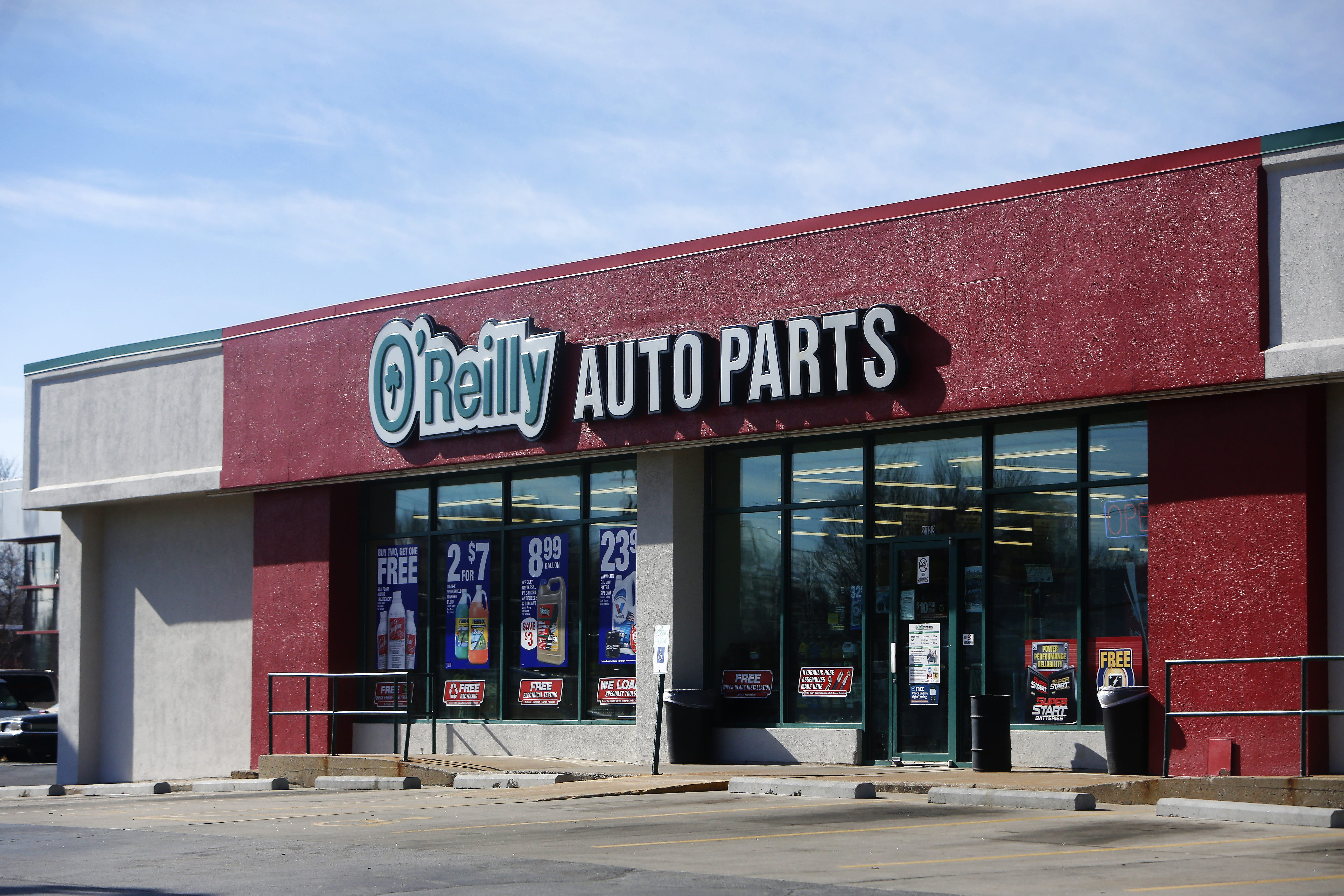 o reilly sales up stock rallies as company opens its 5 000th store rh news leader com