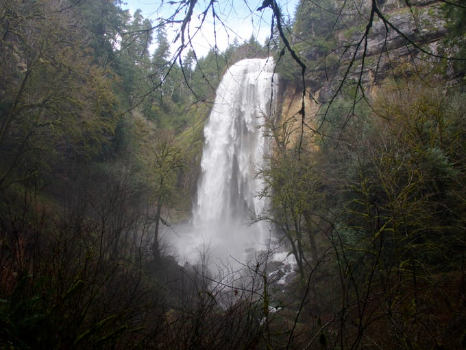 Silver Falls, of Golden and Silver Falls State Natural
