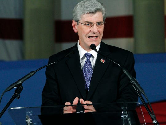 Gov. Phil Bryant, running for re-election, faces Robert