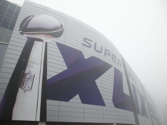 Morning fog on Super Bowl Sunday in Phoenix: University