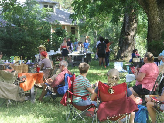 Hundreds celebrated the tomato at the 2015 Tomato Feastival at Turkey Hill Farm on Sunday. The festival welcomes farmers and amateur growers to show off their best organic tomatoes. Proceeds from the event benefit the Red Hills Small Farm Alliance.