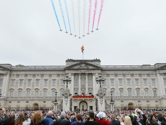 AP APTOPIX BRITAIN ROYALS TROOPING THE COLOUR I ROY GBR