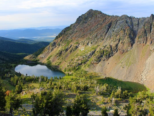 The Twin Lakes Basin shimmers below the Elkhorn Crest