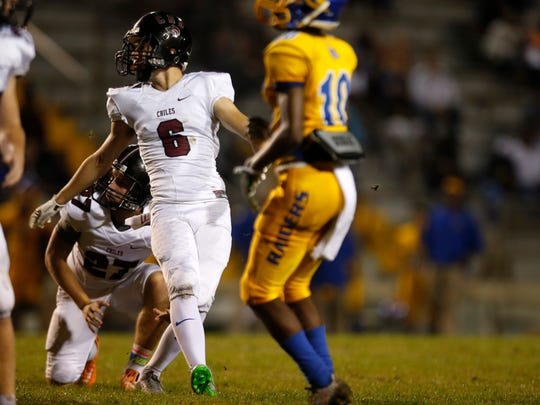 Chiles' Jake Robert Meyer makes a field goal against