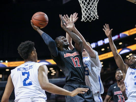 NCAA Basketball: Brooklyn Hoops Classic-Louisville at Saint Louis
