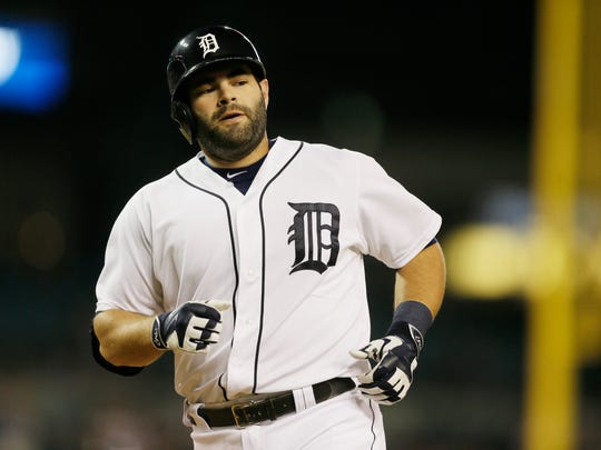 Alex Avila, a former All-Star catcher for the Tigers, signed a one-year deal with the Chicago White Sox, just as his father, Al Avila, was getting ready for his first full season running the Tigers.