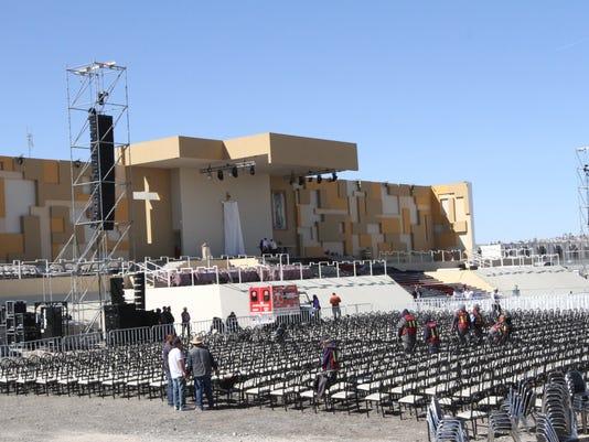 EL-PUNTO-Pope-4-.JPG