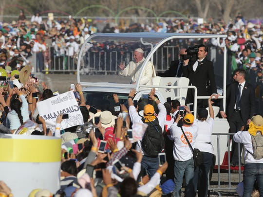 Pope Francis entered El Punto in his popemobile Wednesday to celebrate Mass in Juárez.
