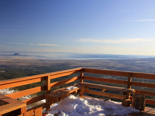 The deck at Hager Mountain Lookout peers out onto Oregon's