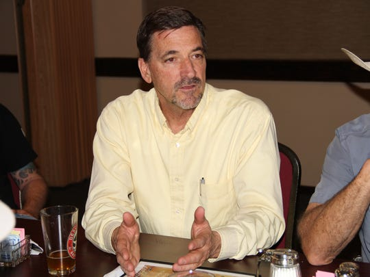 Local sportsman Tim Turri discusses public lands issues at a New Mexico Wildlife Federation meeting Tuesday evening.