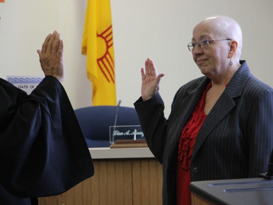 Janet Ellis swears-in as the city's new municipal judge.