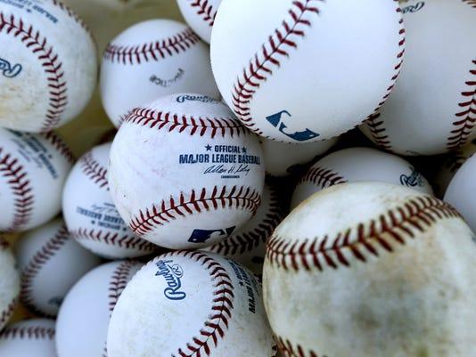 635930796910892362-Baseballstock.jpg