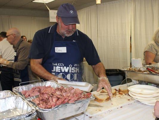 635938979776498233-Jewish-Food-Fest-EricVerman.JPG