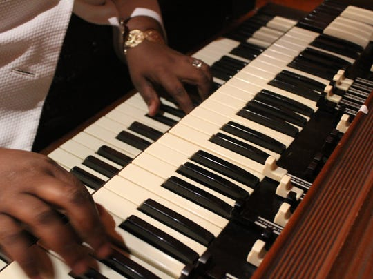 "Musician Sereca Robinson Henderson plays ""You Are My Sunshine"" on the organ."