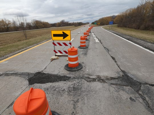 The Lake Ontario State Parkway comes to a detoured