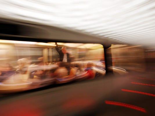 635957262879404422-Subway-Shutdown-Coop.jpg