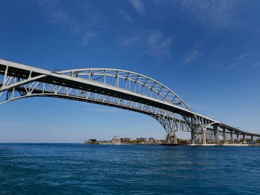 635969400941131027-Blue-Water-Bridge-1-1-Q6B846TB-L637075214.JPG