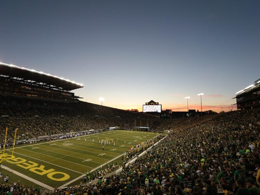 USP NCAA FOOTBALL: WASHINGTON AT OREGON S FBC USA OR