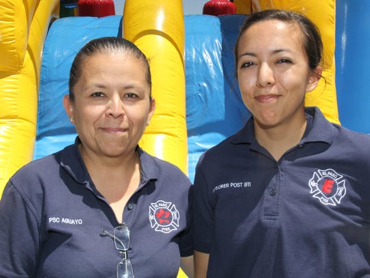 Claudia Aguayo, left, and Yalitza Salinas