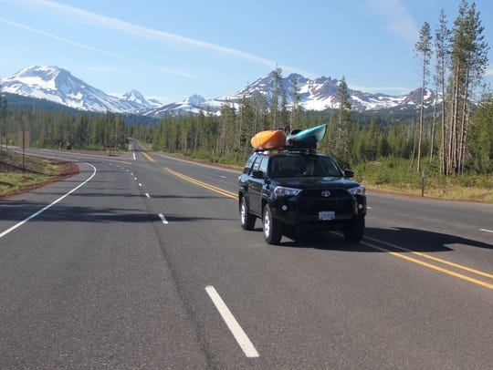 The road to Hosmer Lake takes you down Cascade Lakes