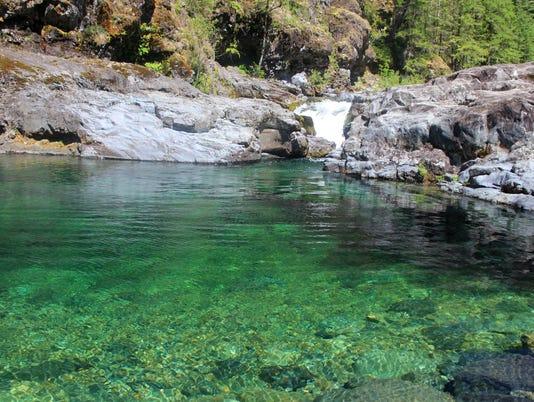 636048025898966491-Waterfall-Pool5.jpg