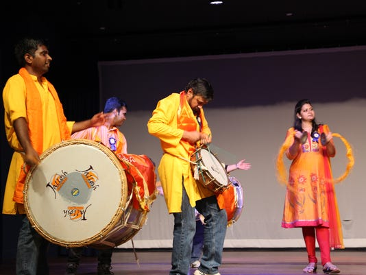 636076605820170916-Indian-cultural-center-community-day-music.jpg