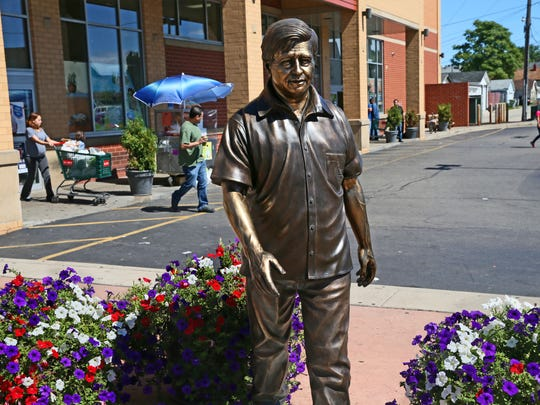 A life-size statue of Mexican-American labor activist Cesar E. Chavez, unveiled in April this year on Milwaukee's near south side, reflects Mexico's growing role in the city's neighborhoods and urban economy.