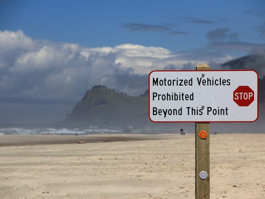On the north end of Lincoln City, motor vehicles can
