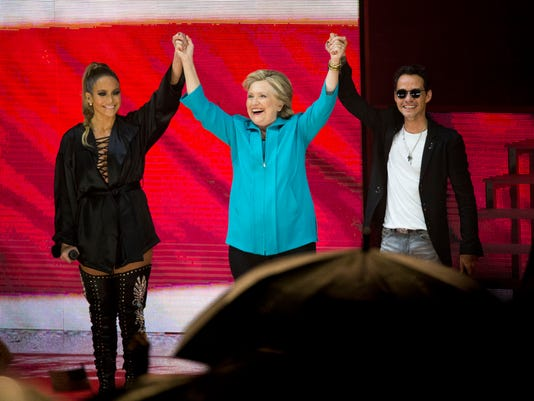 NDN-1029-CLINTON-IN-MIAMI-01.JPG