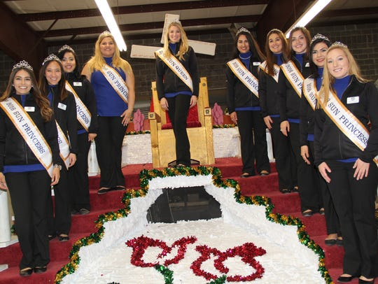 Sun Bowl queen and her court.