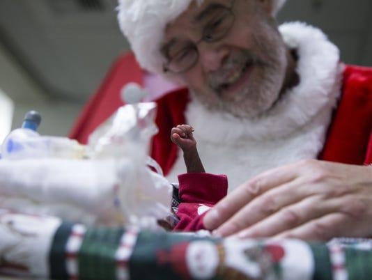 Santa visits hospital