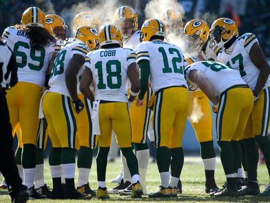 Packers huddle