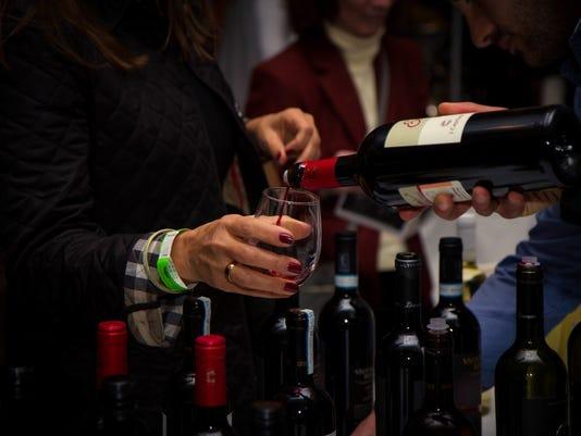-NJ-Winter-Wine-Fest---Wine-Pour.jpg