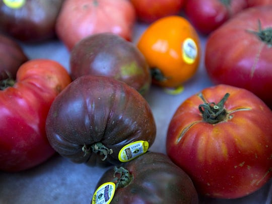 Rescuing Unwanted Fruits Veggies Arizona S Food Waste Could Feed