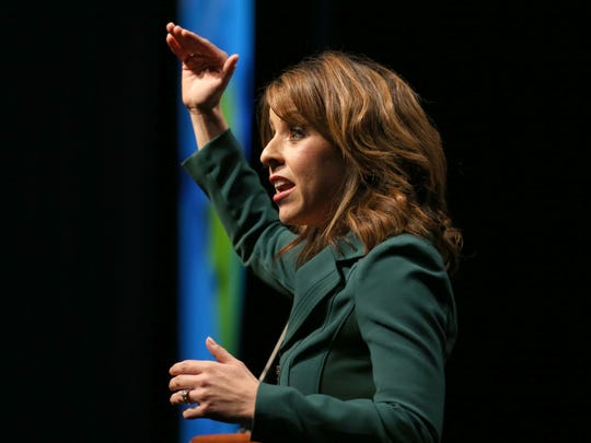 """Dale Carnegie Vice President Melisza Campos tells a crowd of roughly 540 at the Top Workplaces event that many employees are """"disengaged"""" at work."""
