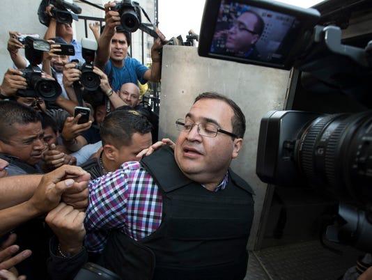 AP APTOPIX GUATEMALA MEXICO CORRUPTION I GTM
