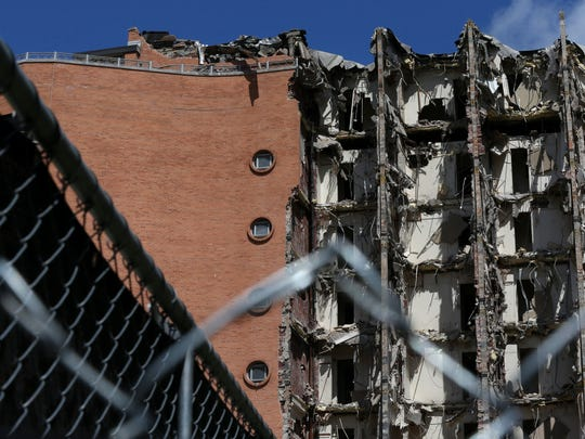 FSU's fabled Smith Hall demolished as new dorms open