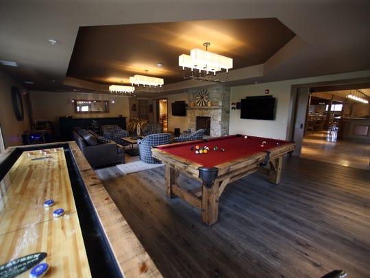The Grooms Lounge at Bear Brook Valley, a new luxury