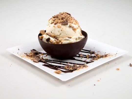 Creamistry opened at Scottsdale Quarter.