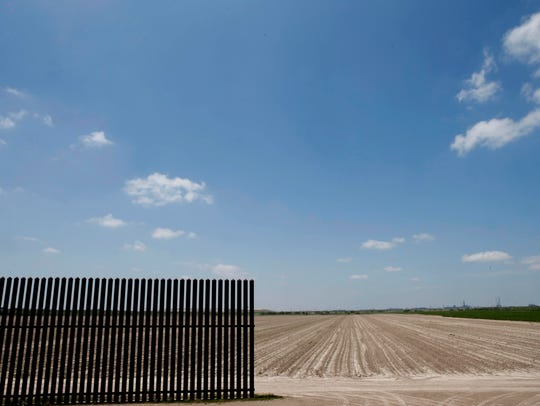 A border fence between the United States and Mexico