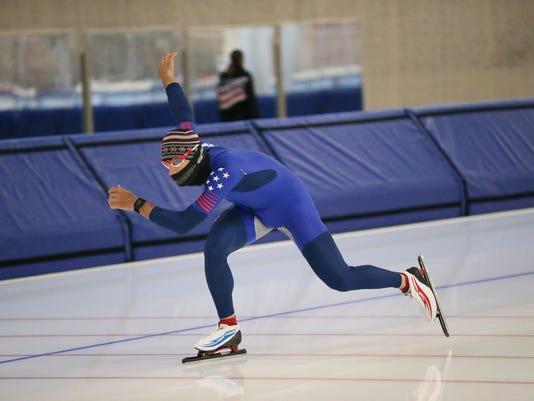 636413557442908244-MJS-speedskating--nws--sears--13.jpg