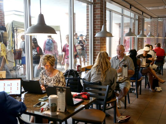 Diners at Florida State's new restaurant Community Table  Wednesday.