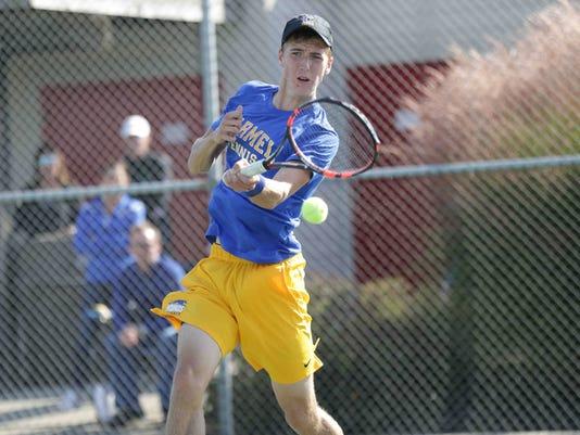 636434246230143222-011-tennis.JPG