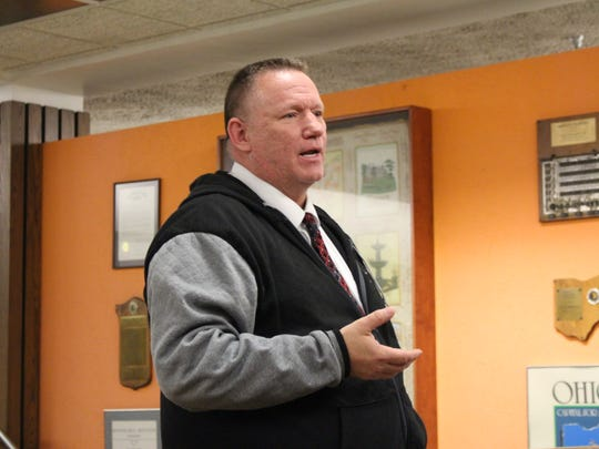 Mansfield Police Chief Ken Coontz discusses medical marijuana during a Mansfield City Council meeting Tuesday, Nov. 7, 2017. Coontz said he supports prohibiting medical marijuana dispensaries in the city.