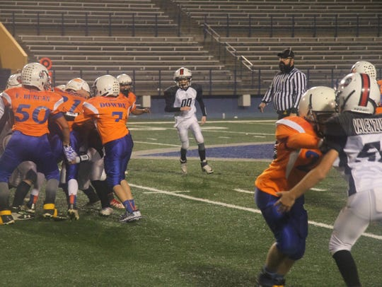 The Trojans and Gators faced off in the Little Cavemen