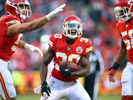 USP NFL: OAKLAND RAIDERS AT KANSAS CITY CHIEFS S FBN KC OAK USA MO