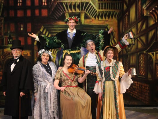 "Strauss Theater's ""A Christmas Carol"""